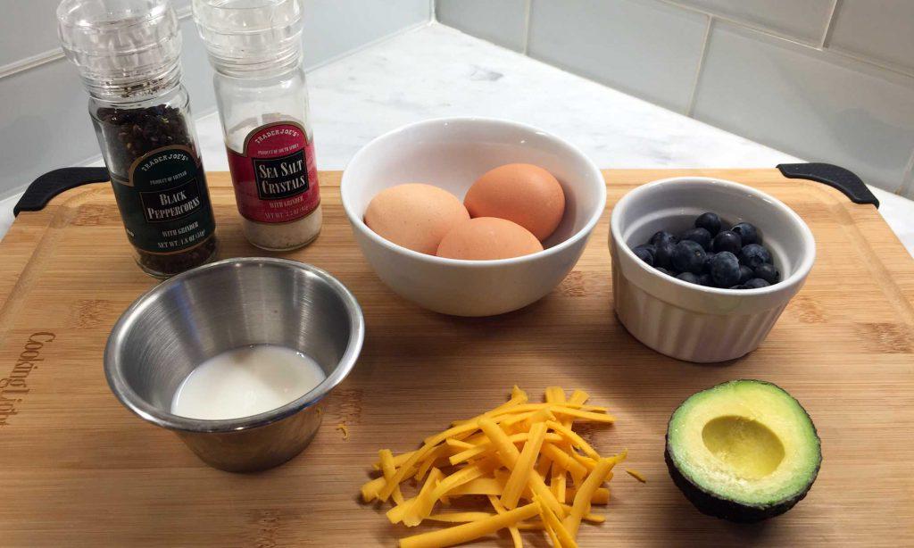 Ingredients for keto 3-egg omelet