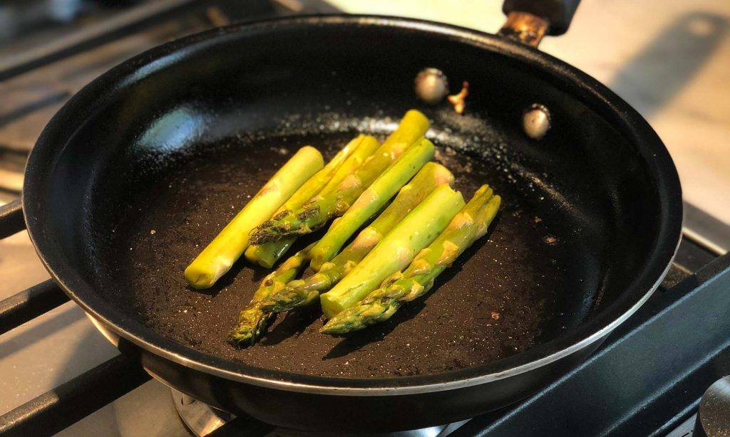 keto salmon with asparagus recipe